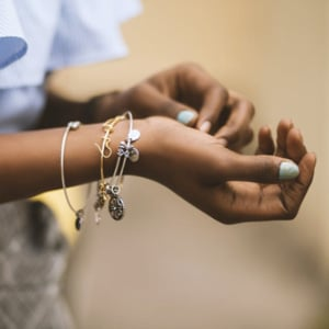 Here's How to Make Jewelry Try-Ons Safer in Stores